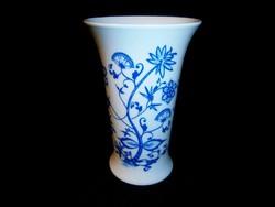 Jelzett német Royal porcelán hagyma mintás váza 15,5 cm