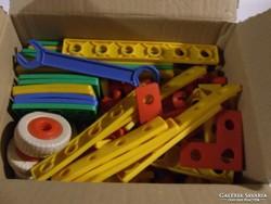 Régi, retró gyerekjáték, szerelős, barkács játék kisfiúk számára