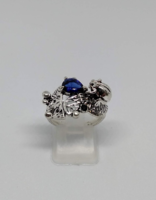 925-s töltött ezüst békás gyűrű, kék kristállyal