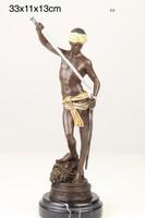 Dávid győzelme Góliát felett-vallási témàjú bronzszobor