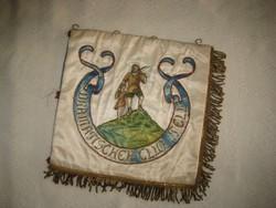 Egyesületi zászló  ,  a Tell  Vilmoshoz címzett  egyesül zászlója , 22 x 22 cm , selyemből  ,szépe