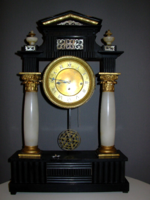 Nagyméretű negyedütős biedermeier asztali óra, nagyon kedvező áron!