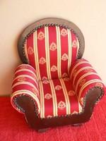 Játékbaba fotel, bababútor porcelánbaba fotel