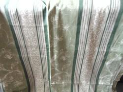 Spenótzöld csíkos sötétítő függöny pár