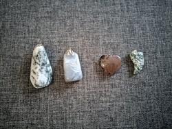 Gyönyörű Achát ásvány nyaklánc medálok egyben 4db