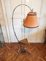 Kovácsoltvas ernyős állólámpa