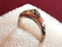 Ezüst gyűrű arany lappal