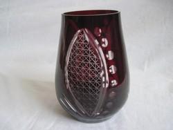 Bordó csiszolt üveg váza