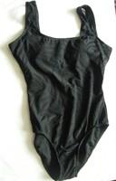 Atmosphere márkájú fekete fürdőruha!