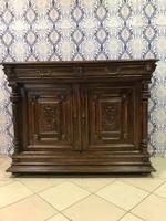 Antik bútor - antik reneszánsz komód