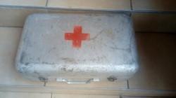 Régi Mentős egészségügyi doboz