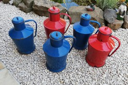 5 db-os Zománcos, kék, piros Ceglédi kanna, kanta Gyűjtemény eladó, nosztalgia, paraszti dekoráció
