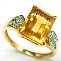 9K tömör arany gyűrű gyémánttal