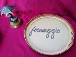 010  Formaggio kerámia tál  28 cm a pereménél egy pici lepattanás.