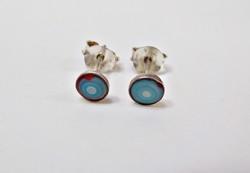 Kék kagylóval díszített ezüst fülbevaló