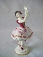 Volkstedt táncosnő