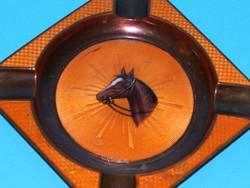 Zománc műtárgy ló ábrázolással