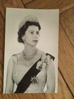 Ii. Erzsébet portréfotója az 1950-es évekből