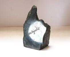 Borostyánkői emlék ásvány. (Bernstein), Almásy-vár.