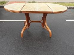 Mid century , Thonet asztal, ép nádazással