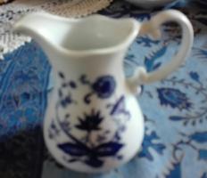 15 db angol, kék, tobbféle GYÖNYÖRU hagymamintás porcelánok