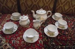 Zsolnay barokk tearózsás teáskészlet.