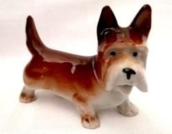 Antik jelzett Sitzendorf porcelán kutya nipp