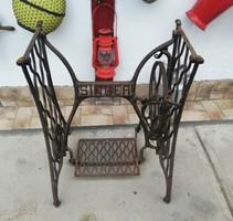 Régi Singer öntöttvas varrógép állvány, asztalnak, mosdónak, kreatív célra, nosztalgia darab