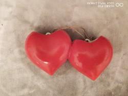 P jelzéssel piros majolika kettős szív - retro
