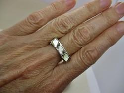 Szépséges iparművész  gyöngyházas markazitos ezüstgyűrű