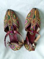 Kézzel készített bőr cipő Ázsiából  37 -es