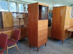 Retro régi keskeny vitrines fiókos mid century szekrény