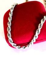Csavart ezüst nyaklánc