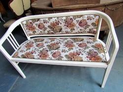 Antik szecessziós kanapé felújítva