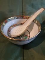 Keleti rizses tálka