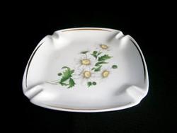 Hollóházi porcelán nagy méretű hamutál, hamu tartó margaréta virág mintával