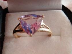 Ametiszt és gyémánt köves arany gyűrű