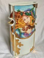 Faragó Miklós által tervezett gyönyörű Hollóházi váza (Vivaldi Tél)