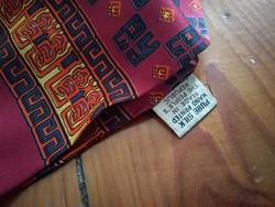 Eredeti selyemsál, bordó kézzel nyomott 100% selyem kendő, silk scarf