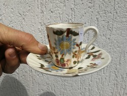 Antik Zsolnay kávés, mokkás szésze aljával!Párja is megvehető még!  Múzeumi minőség, gyüjteménybe.