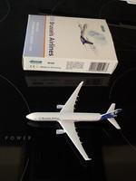 AIRBUS A330 FÉM REPÜLŐ MODEL