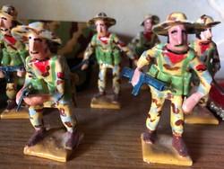 Papirmasé játék katonák.