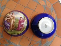 Pajzs pecséttel ellátott bonbonier, dobozka, Zsolnay, jelenetes. Hölgyek, biedermeier stílusú!