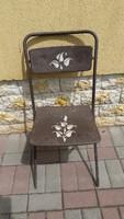 Retro összecsukható festett fém szék eladó!