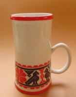 Hollóházi porcelán népművészeti mintás pohár korsó