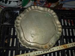 Kávéházi alpakka tányér, 20 cm körül, képek szerinti állapotban, egészben...
