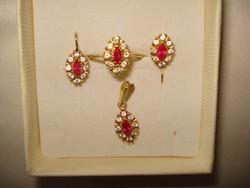 14 K arany ékszer szett, kollekció rubin és cirkónia kővel.