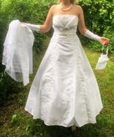 CL08 Esküvői, menyasszonyi ruha mindennel 38/40