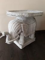 Rattan elefánt asztalka levehető tàlcàval a tetejèn