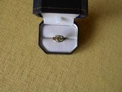 Olivin és gránát köves ezüst gyűrű